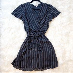 AUW Black dress shirt sleeve tie waist dress small